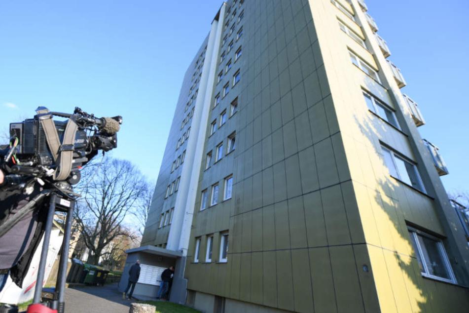 In diesem Hochhaus an der Offenbacher Rhönstraße nahmen die Beamten den 48-Jährigen fest.
