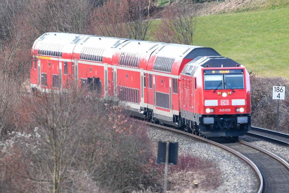 Trotz Notbremse konnte der Zug nicht mehr rechtzeitig anhalten (Symbolbild).