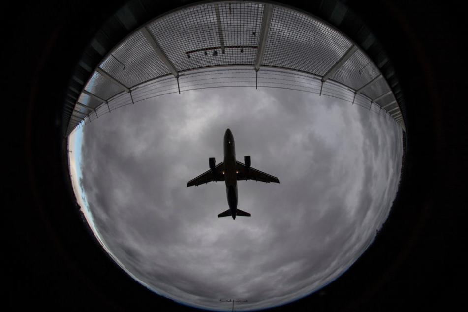 Negativ-Spitzenreiter bei Landungen nach 23.00 Uhr war den Angaben zufolge der irische Billigflieger Ryanair. (Symbolbild)