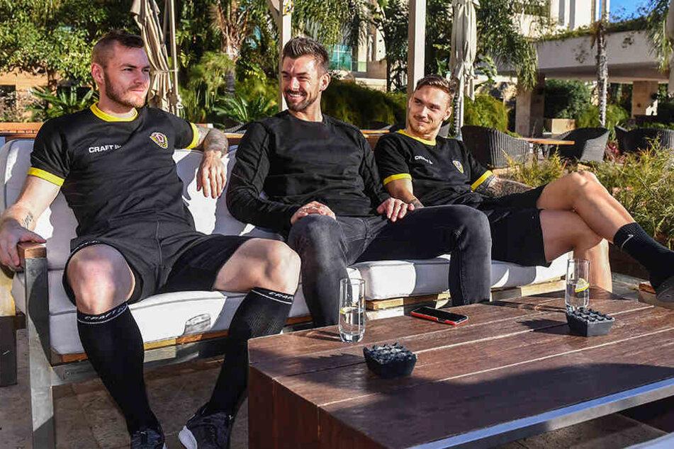 Brian Hamalainen, Patrick Wiegers und Linus Wahlqvist genossen den freien Tag in der Sonne.