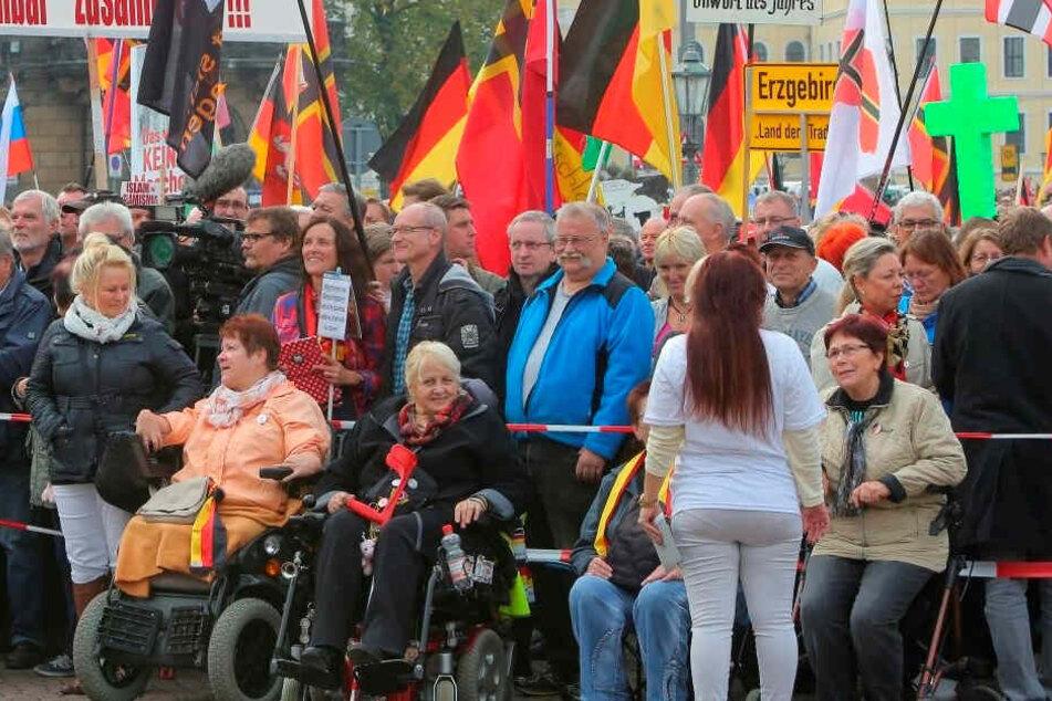 PEGIDA-Demonstranten kommen meist aus dem Umland.