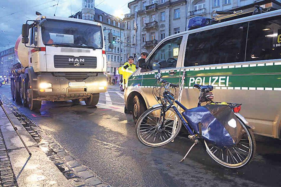 Bei diesem Unfall auf der Bautzner Straße starb die junge Radfahrerin.