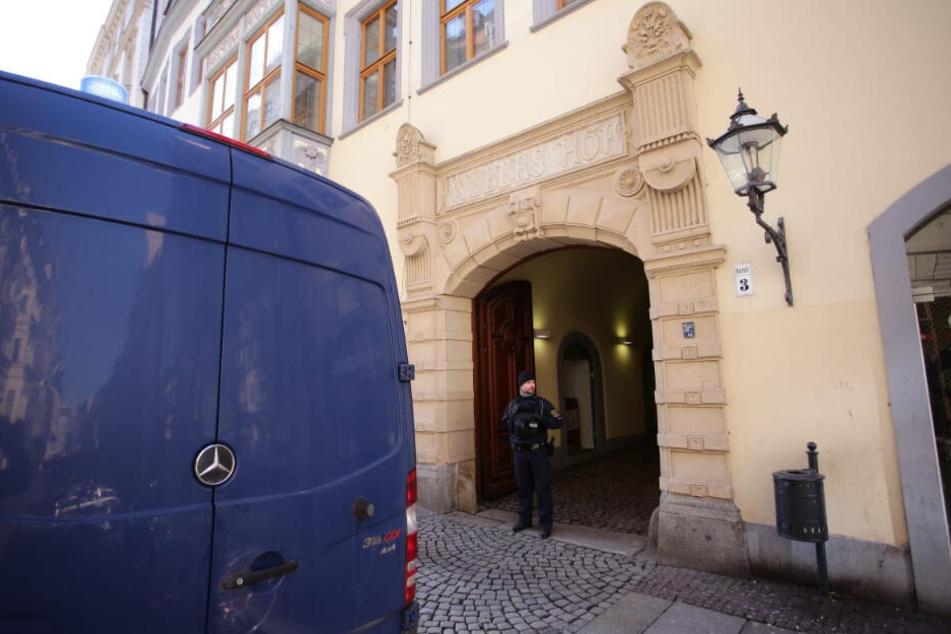 "Leipziger Innenstadt: Einbrecher legten Feuer in ""Webers Hof"""