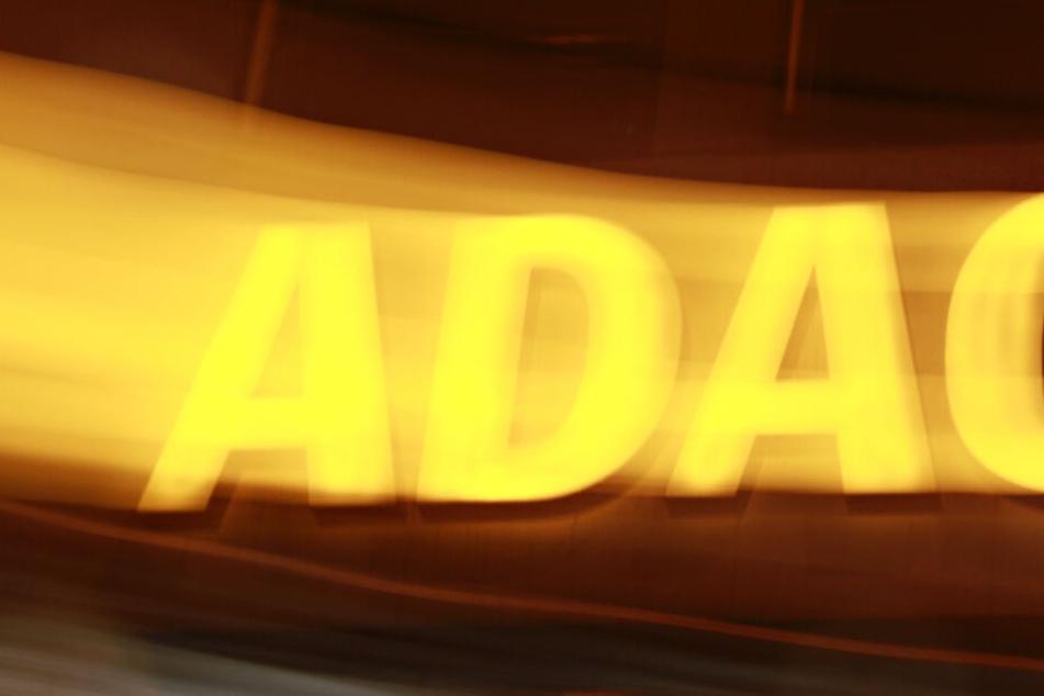 Der ADAC überlegt die Beiträge für seine Mitglieder zu erhöhen. (Symbolbild)