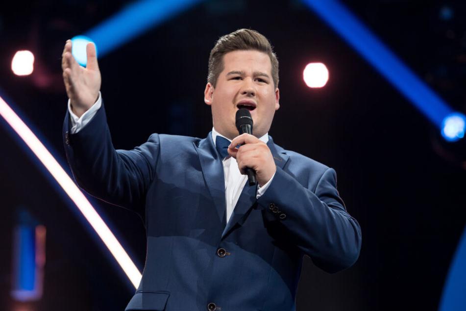 Comedian Chris Tall spricht das Publikum bei seinen Shows gerne direkt an. Bei seienr Show in Oldenburg entstand daraus ein ganz besonderer Moment.