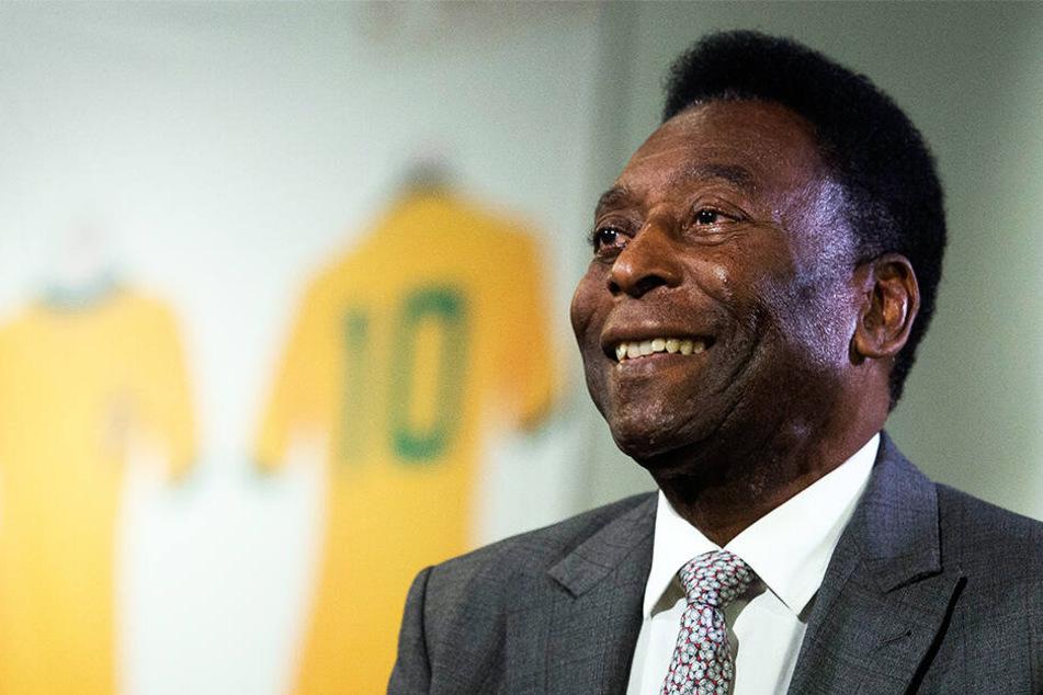 Pelé bleibt im Krankenhaus: Wie schlimm steht es um die Fußball-Legende?