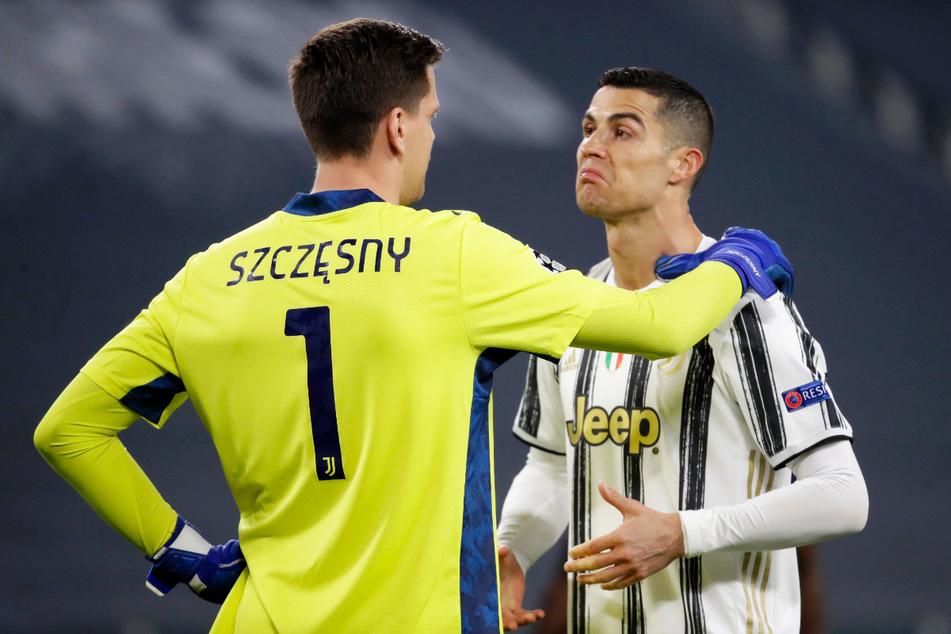 Wojciech Szczesny (31, l.) spielt bei Juventus Turin mit Superstar Cristiano Ronaldo (36) zusammen.
