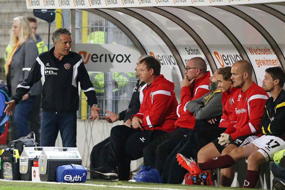 Trainer Uwe Neuhaus fordert mehr Gier von seinen Spielern.