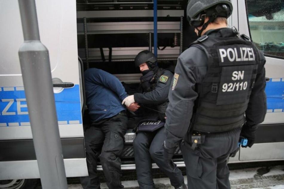 Die Polizei hat den vermeintlichen Täter geschnappt.