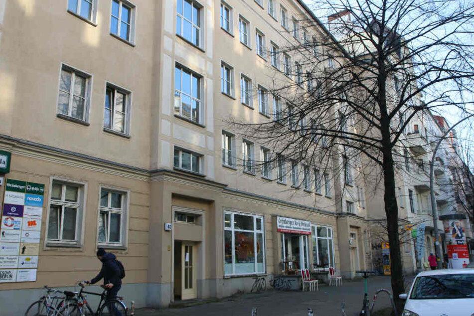 Die Frau soll bei einem Polizeieinsatz in Friedrichshain erschossen worden sein.