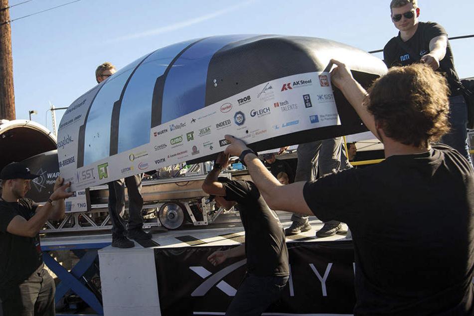 Dieses Team der TU München nahm bereits im Januar an einem Hyperloop-Wettbewerb teil.