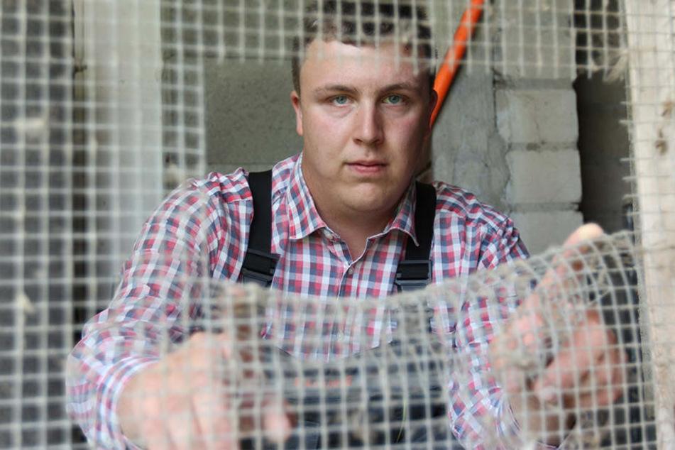 Stefan Schmidt (24) macht sich nach den Drohbriefen schon Gedanken.