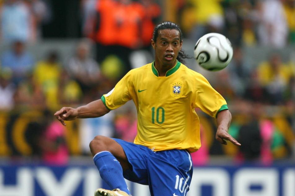 Im Alter von 37 Jahren ist es für Ronaldinho endgültig mit Fußball vorbei.