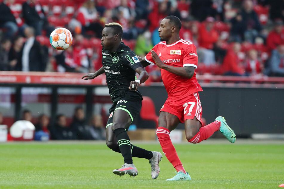 Sheraldo Beckerbeim Testspiel gegen FC St Gallen.