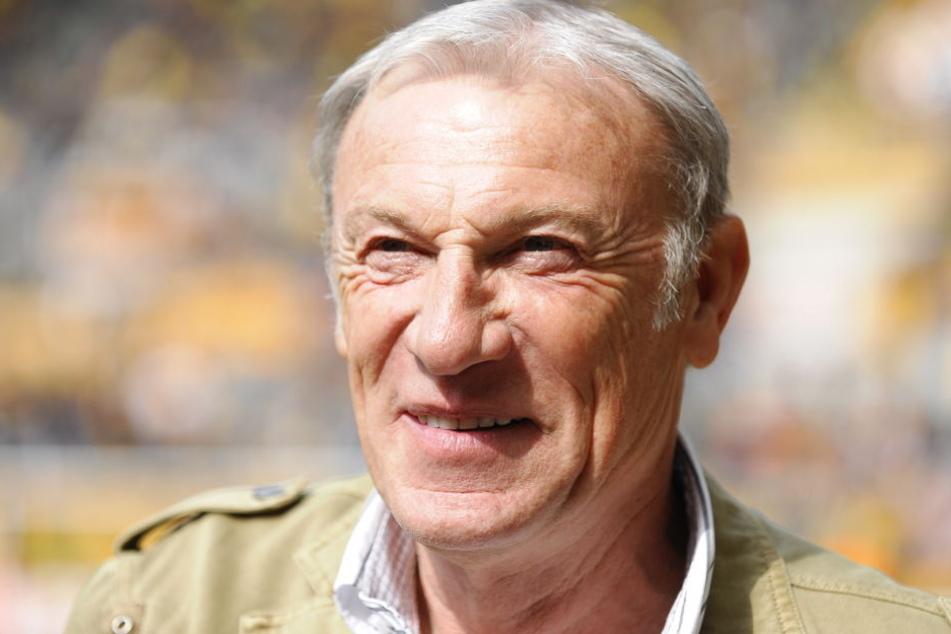Ede Geyer (74) gibt die Ehrenspielführer-Würde zurück.