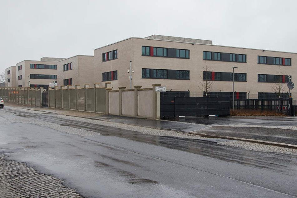 Der Umbau der neuen Erstaufnahme zum Hochsicherheits-Gerichtssaal kostet Millionen.