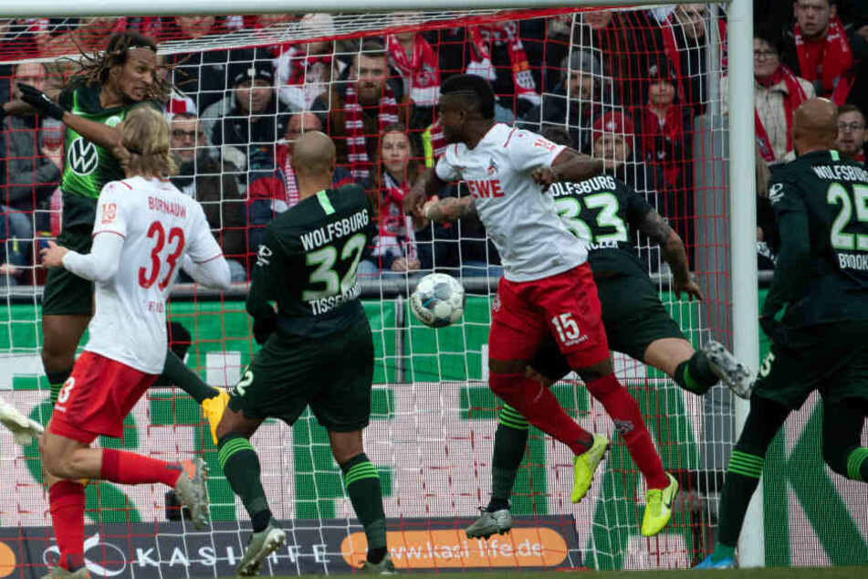 Jhon Cordoba erzielt das 1:0 für den 1. FC Köln (23.).