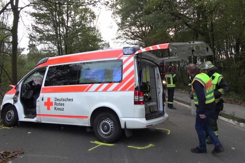 Der Wagen wurde bei dem Unfall erheblich zerstört.