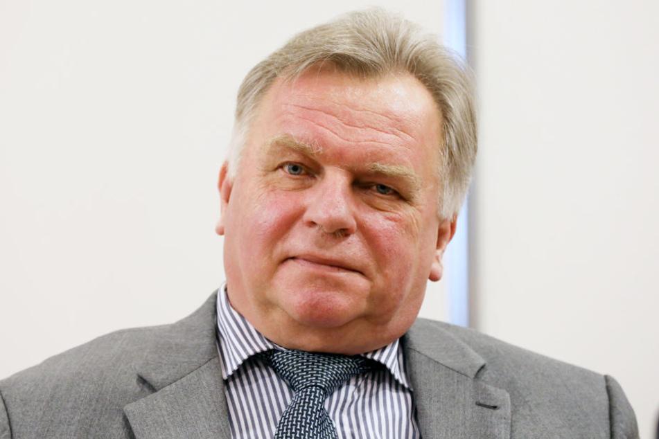 Günther Krause (CDU) war von 1990 bis 1991 Bundesminister für besondere Aufgaben und danach bis 1993 Bundesverkehrsminister. Inzwischen macht er viele negative Schlagzeilen.