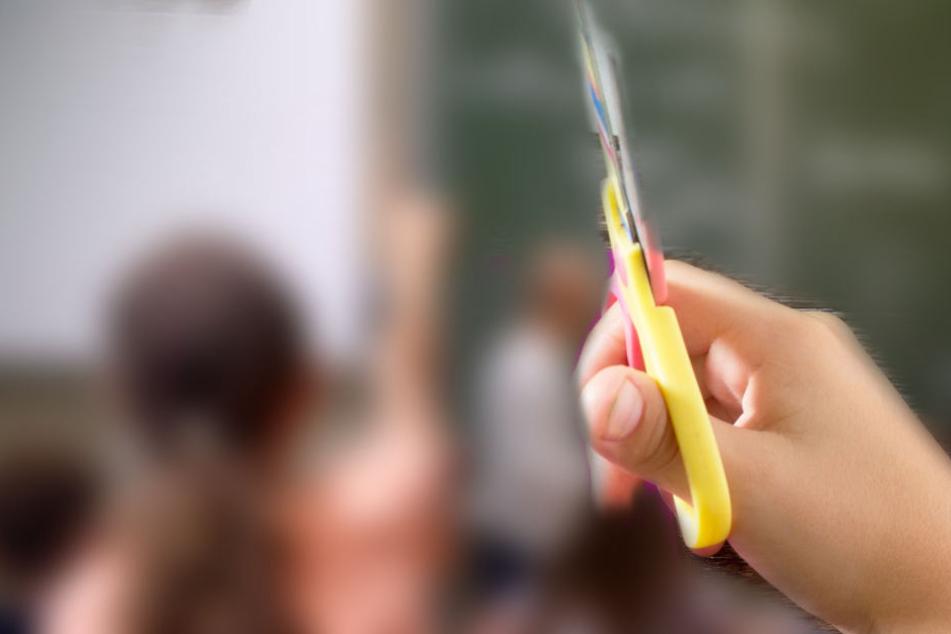 Bei dem scharfen Gegenstand hat es sich wohl um einen Kugelschreiber gehandelt. (Symbolbild)