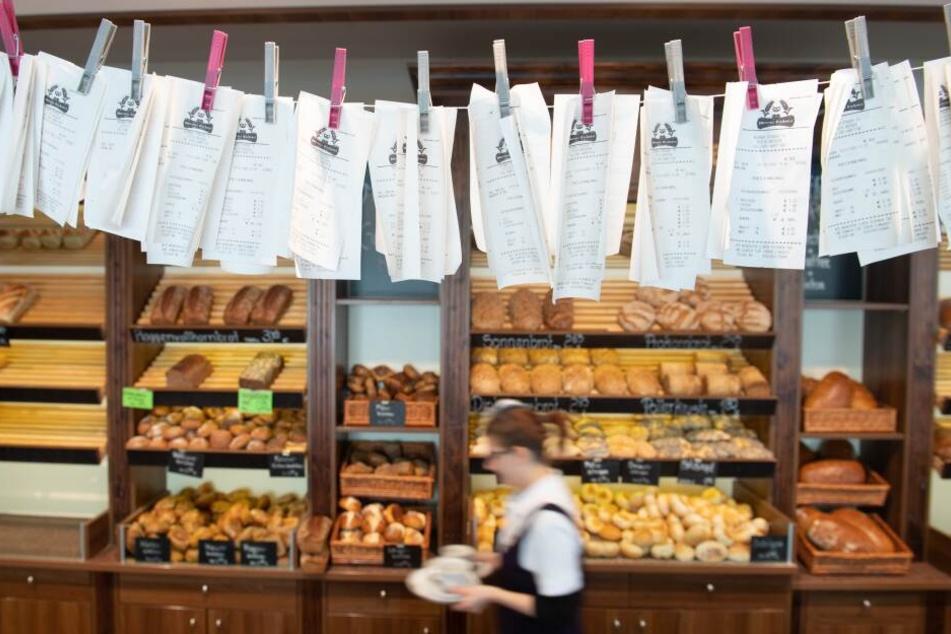 In vielen Geschäften wie hier in der Bäckerei Morenz in Dresden gab es bereits Proteste gegen die Bonpflicht.