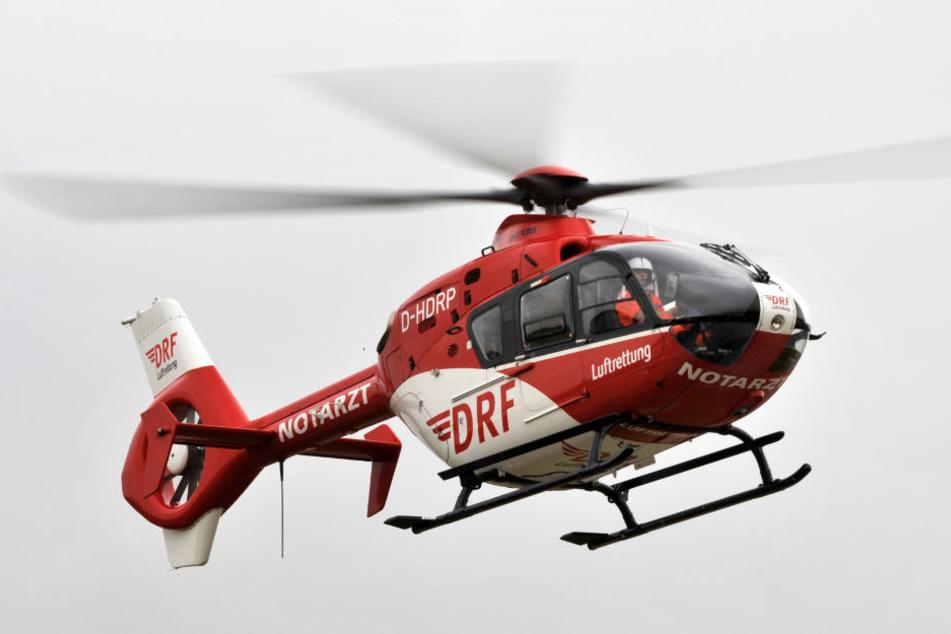 Ein Rettungshubschrauber vom Typ Eurocopter EC 135 der DRF Luftrettung. Jochen H. flog eine Maschine dieses Typs, als es zu dem Unglück kam.