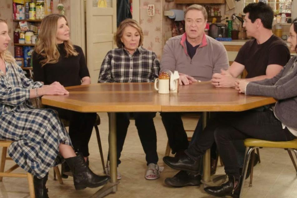 """Die US-Sitcom """"Roseanne"""", die ab 1988 fast zehn Jahre lang zu den erfolgreichsten Comedy-Serien zählte, ist weider da!"""