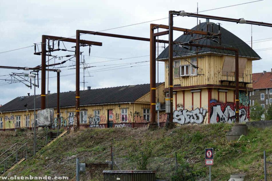 Es sollte abgerissen werden, bleibt aber nun dank der Sachsen erhalten und zieht um: das Bahn-Stellwerk in Kopenhagen.