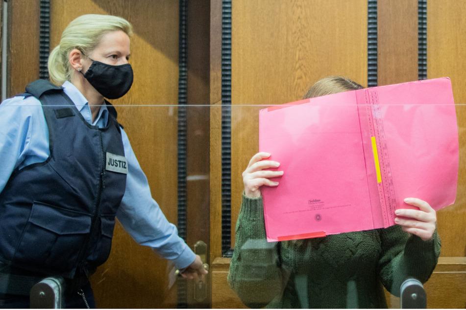 Mord an kleiner Greta (†3): Kita-Erzieherin bekommt lebenslänglich!
