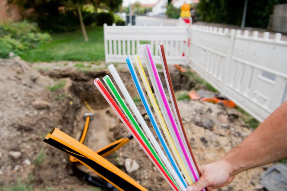 Das Netz soll ausgebaut werden und die Haushalte auf dem Land mit schnellerem Internet versorgen.