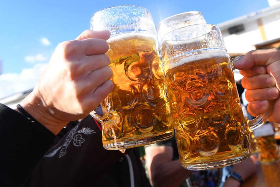 Biertrinkern stehen schwere Zeiten bevor.
