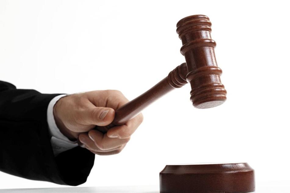 Bei der Zwangsversteigerung am Amtsgericht geht es um mehrere Millionen Euro.
