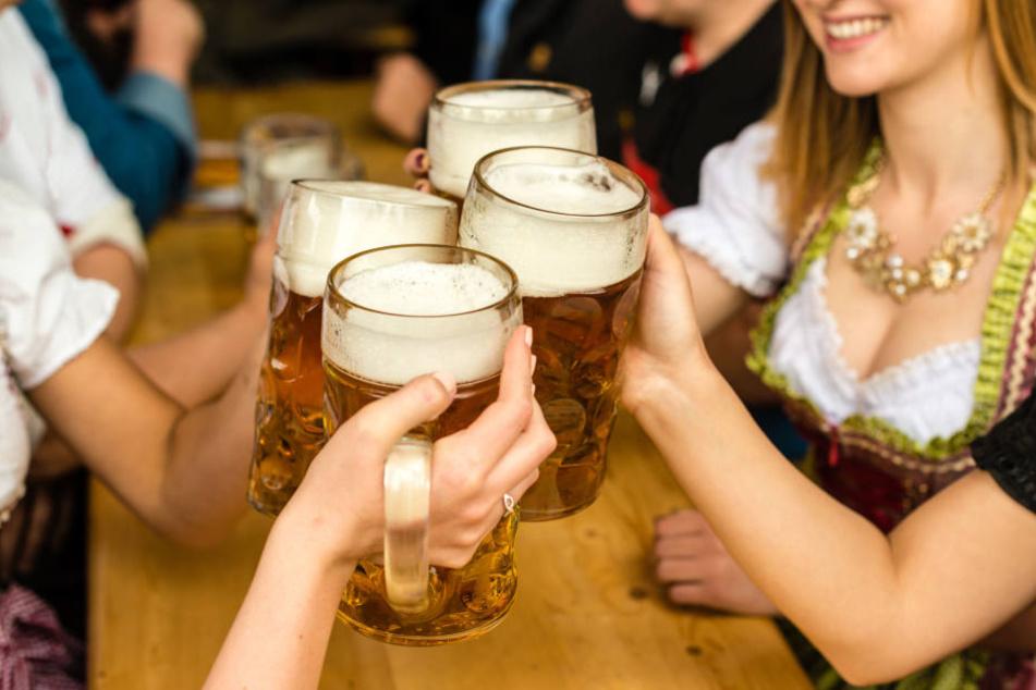 """""""Preisgünstiges Familiengetränk"""": Die Wirte heben den Bierpreis auf 10,95 Euro an."""