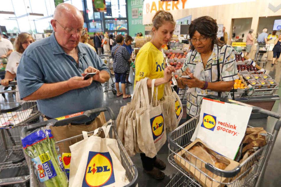 In den USA hat Lidl ordentlich Konkurrenz: Marktführer Walmart und anderen Ketten buhlen hie rum die Kunden. (Symbolbild)