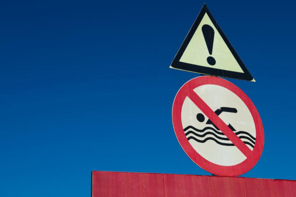 Wo dieses Schild steht, gilt es Abstand zu halten.