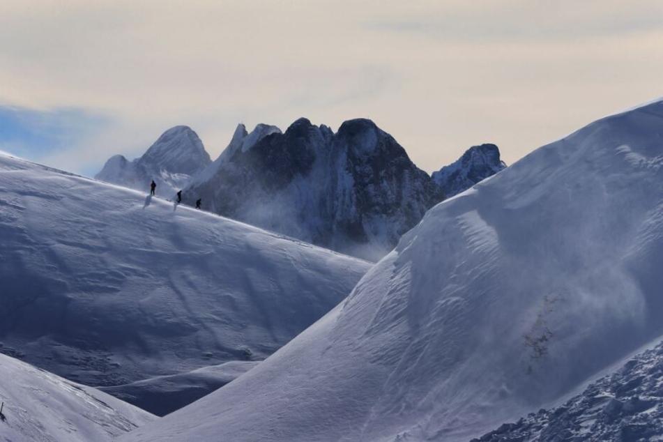 De Mann war zu einer Wanderung in den Bergen aufgebrochen und nicht zurück gekehrt. (Symbolbild)