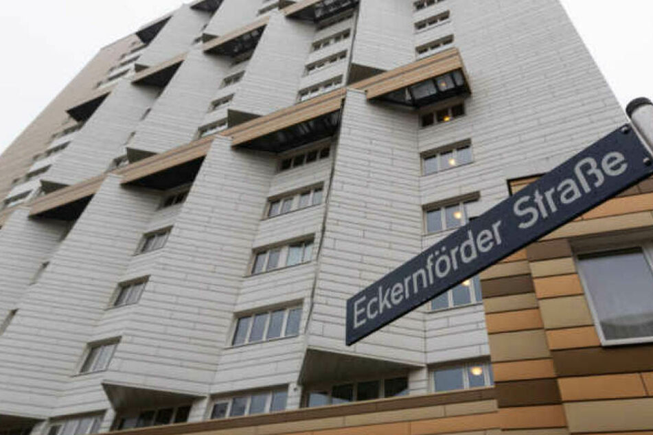 In diesem Wohnhaus an der Eckernförder Straße ereignete sich die schreckliche Tat.