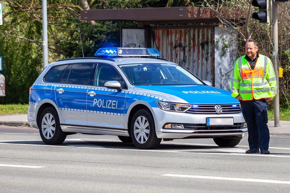 Die Polizei schnappte den Serien-Dieb, weil er von bislang Unbekannten angegriffen wurde (Symbolbild).