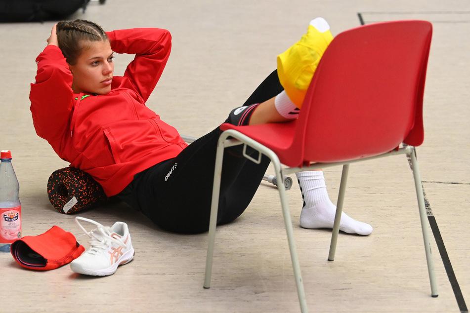 Sophie Dreblow (23) schaute ab dem zweiten Satz verletzt vom Boden aus dem Spiel zu.