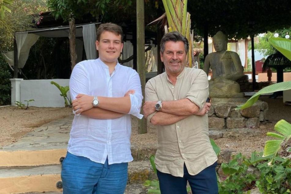 So hatten sich Anders und Alexander Mick Weidung (19) ihre Vater-Sohn-Tour sicher nicht vorgestellt.