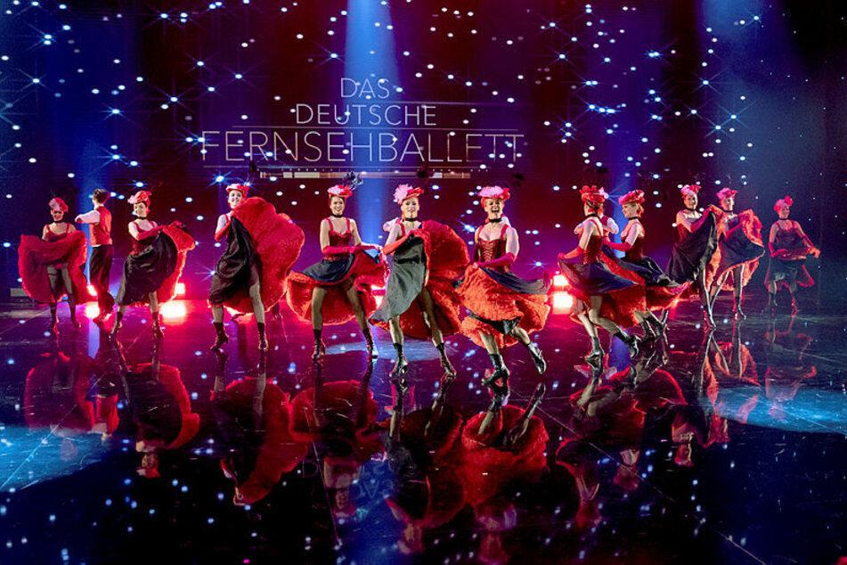 """Bei der großen Abschiedsshow im MDR zeigte das Deutsche Fernsehballett gestern noch einmal sein ganzes Können, auch seinen berühmtesten Tanz, den """"Can Can""""."""