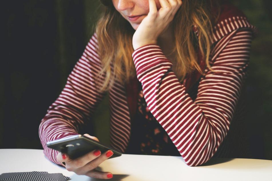 Eine Frau schrieb ihrem Ex-Freund mehrere Zehntausend WhatsApp-Nachrichten nach dem Ende der Beziehung. (Symbolbild)