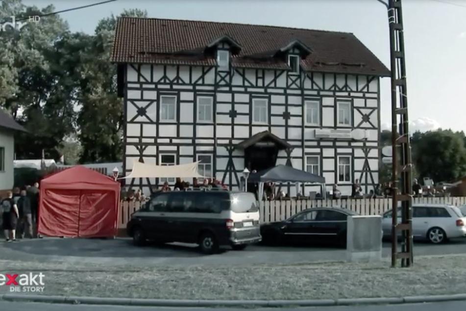 """Der Gasthof """"Zum Goldenen Löwen"""" ist zum Treffpunkt rechtsextremer Gruppierungen geworden."""