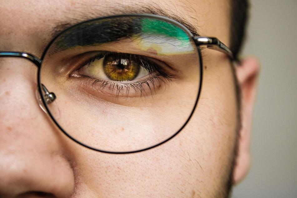 Für eine klare Sicht kommt man um das tägliche Brille putzen leider nicht herum.