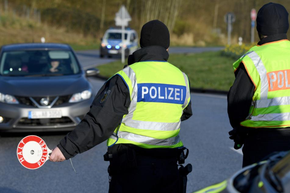 Bundespolizisten kontrollieren seit Wochen die Grenze zwischen Dänemark und Deutschland.