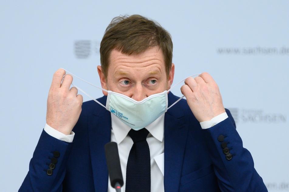 Sachsens Ministerpräsident Michael Kretschmer hat im Fall eines Lockdowns Unterstützung für die Wirtschaft verlangt.