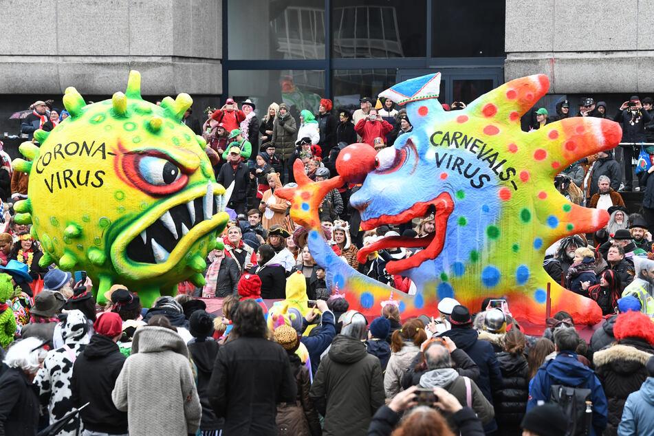 Einen Rosenmontagszug wie in diesem Jahr wird es 2021 in den Karnevalshochburgen nicht geben.