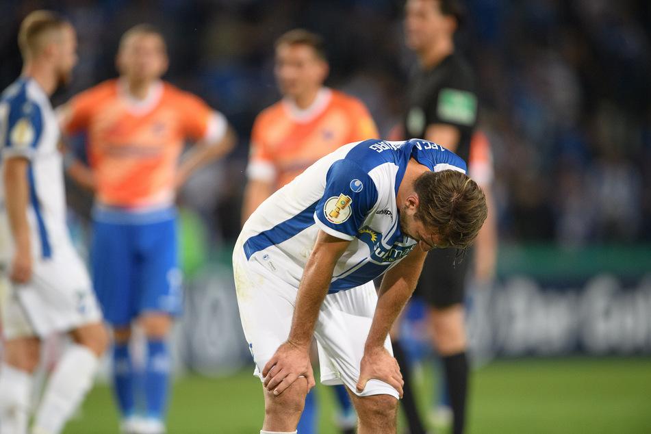 Magdeburgs Sirlord Conteh (24) nach der Niederlage im Pokal gegen Darmstadt. Der Anfang einer jetzt schon schwierigen Saison.