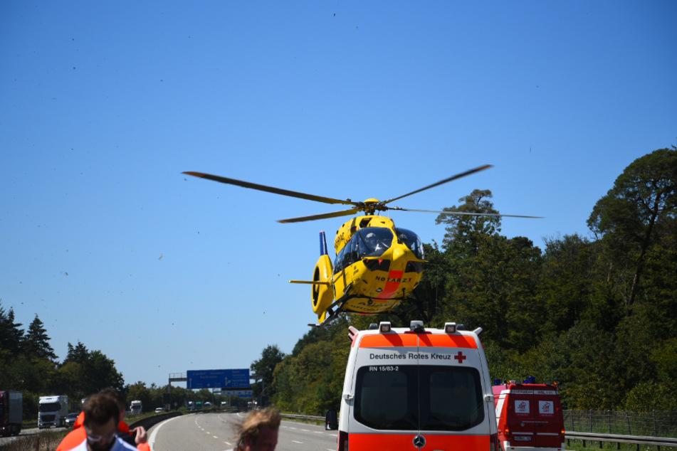 Mit dem Rettungshubschrauber wurde der Verletzte ins Krankenhaus geflogen.