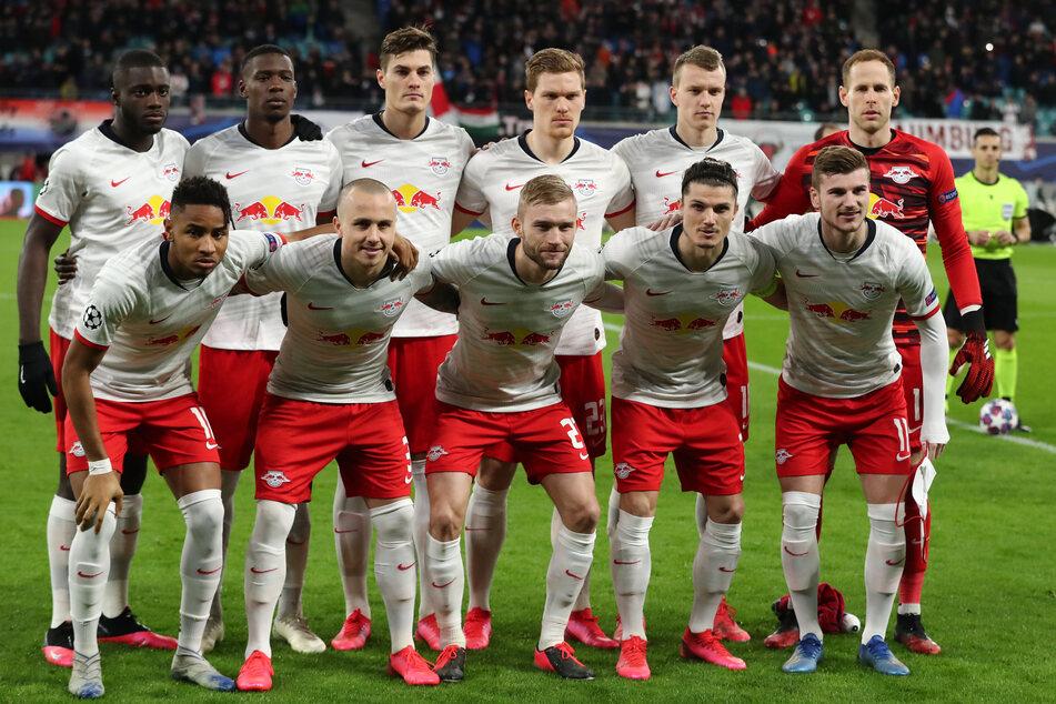 Ein Bild, das die Fans vermissen: die Roten Bullen beim Mannschaftsfoto vor einem Spiel.